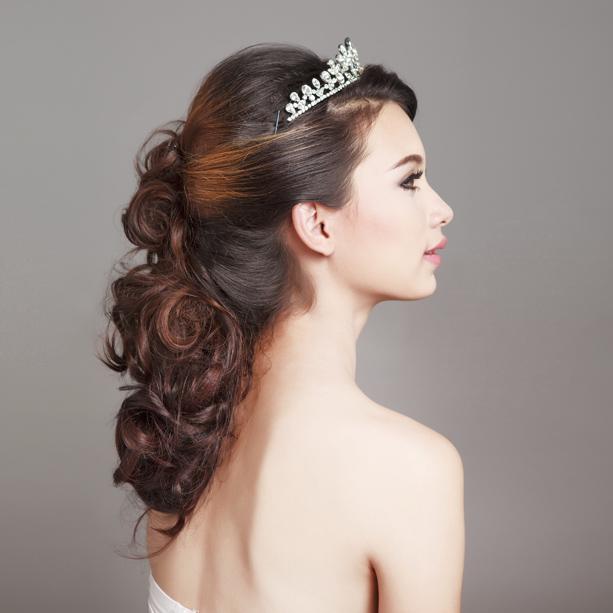 peinados con el pelo suelto para bodas